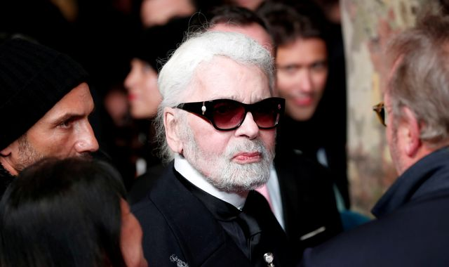 Chanel creative director Karl Lagerfeld dies - reports