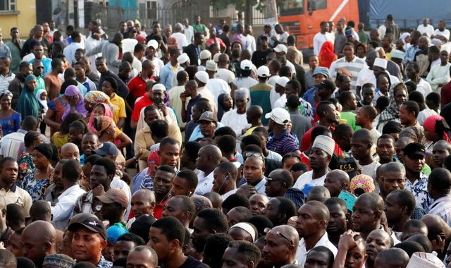 Gunfire and explosions at start of Nigeria's presidential election