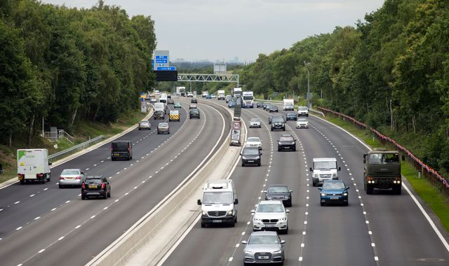 Near-misses on 'smart motorway' section of M25 up 20-fold, investigation finds