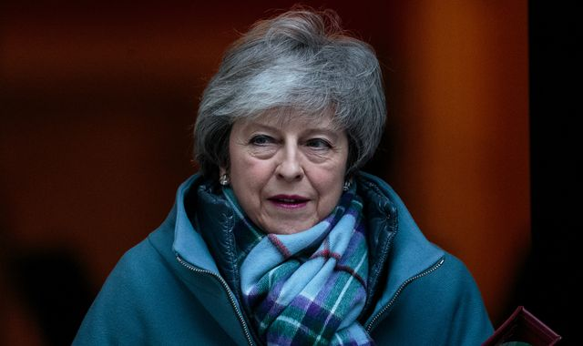 Theresa May issues plea to Tory MPs to unite on Brexit ahead of fresh EU talks
