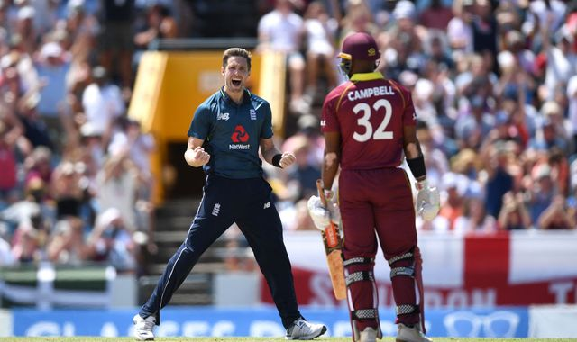 <a href='https://www.skysports.com/live-scores/cricket/west-indies-v-england/25045/commentary'>England strike but drop Gayle LIVE!</a>