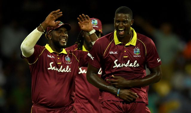 <a href='https://www.skysports.com/live-scores/cricket/windies-v-england/25053/commentary'>How Windies levelled series 1-1</a>