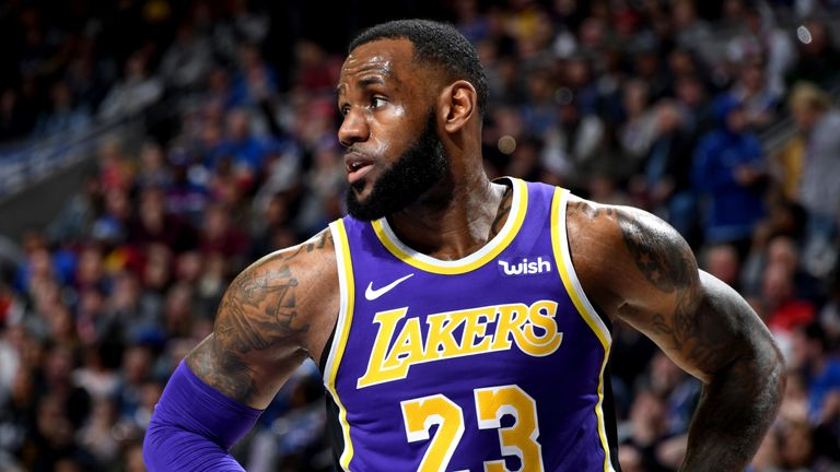 7fa9c5b0b9acc2 LeBron James yet to lead Los Angeles Lakers back to trademark ...