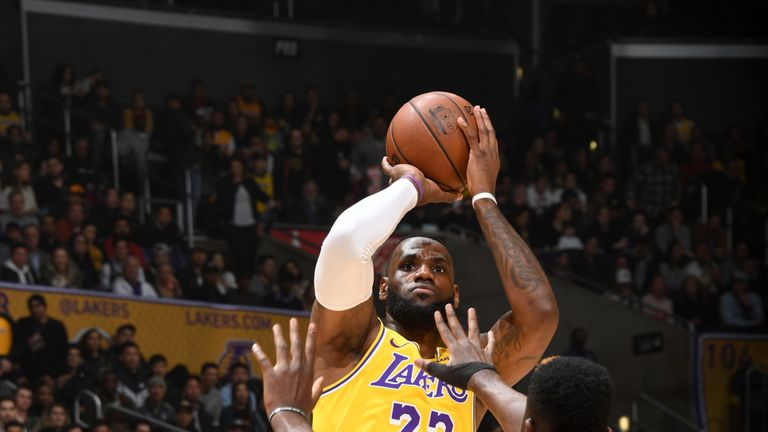 74feaec23d1 LeBron James scores 29 points as Los Angeles Lakers record comeback win  over Houston Rockets