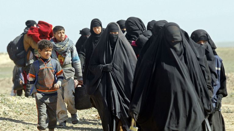 Women and children have been fleeing IS territory in Baghuz and heading to refugee camps