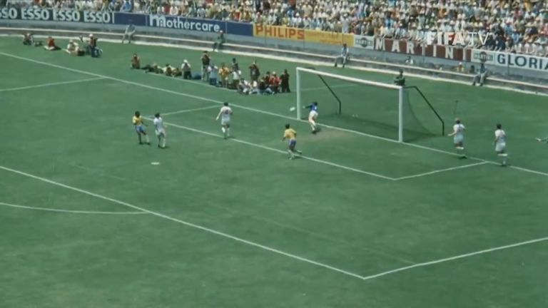 Gordon Banks, who has just died aged 81, made this spectacular save against Brazil in the 1970 World Cup