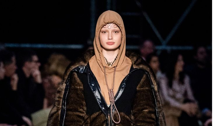 Burberry has apologised for featuring a design that resembled a noose at London Fashion Week