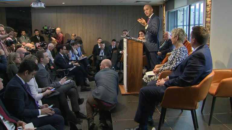 Umunna's reason for quitting Labour: 'Politics is broken. Let's change it.'
