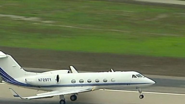Jennifer Aniston's plane forced to make emergency landing. Pic from ABC no need to credit