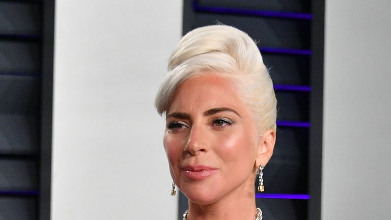 Lady Gaga wearing the Tiffany Diamond at the Oscars