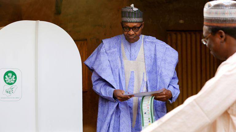 President Muhammadu Buhari casts his vote