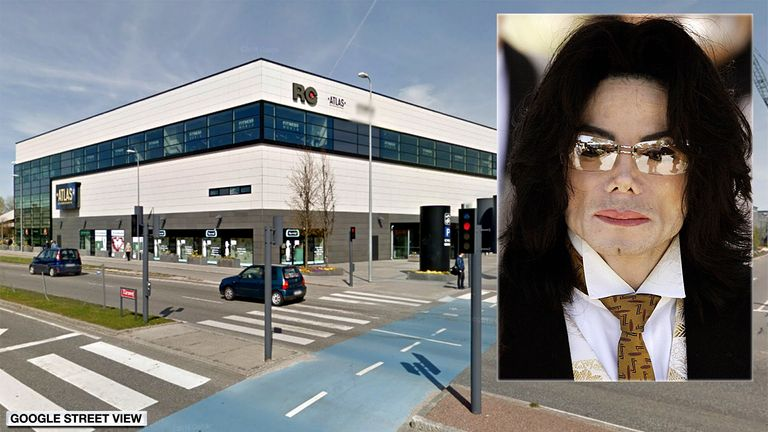 Roedovre Centrum and Michael Jackson