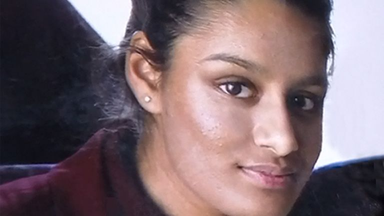 Shamima Begum: Islamic State teen could be prevented from UK return, says home secretary