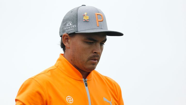 Freaky sequence costs Rickie Fowler the lead at the Phoenix Open