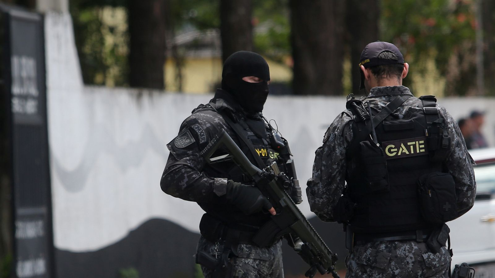 Teen gunmen kill six children in Brazil school shooting