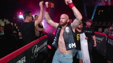 Bellator star channels his inner Stone Cold!