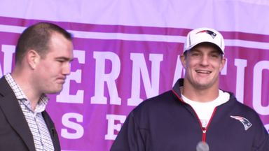 Gronk 'spikes the mic'