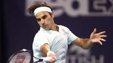 Federer into last 16 at the Miami Open