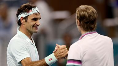 Federer cruises into Miami Open final
