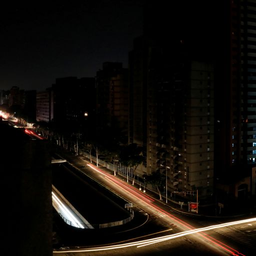 Rich and poor both suffer is Venezuelan power outage