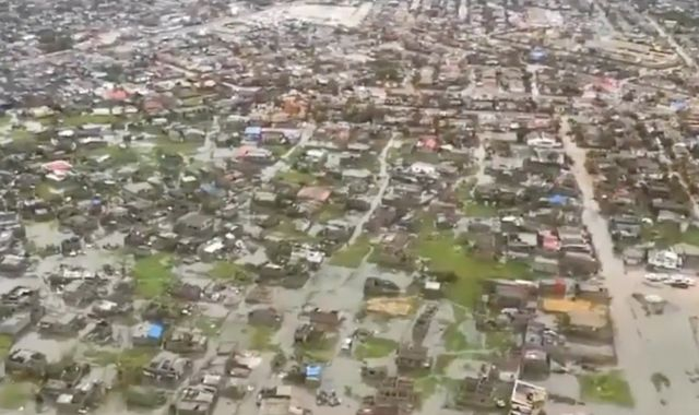 Cyclone Idai may have killed 1,000 people in Mozambique, says country's president