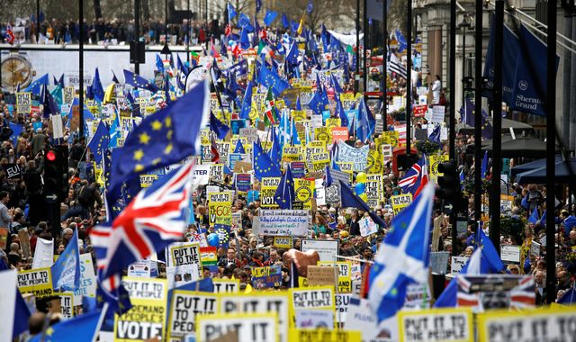 'One million people' march in London to demand second EU referendum