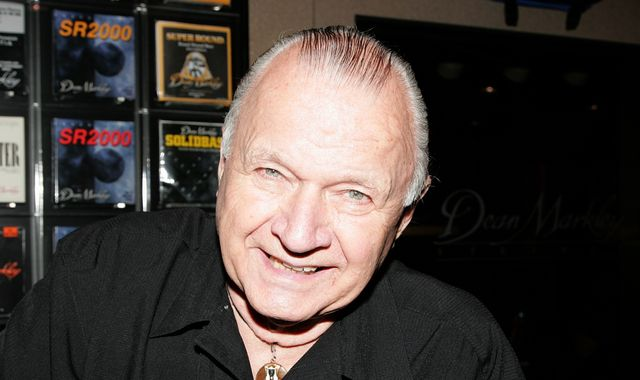 Dick Dale: Guitarist behind Pulp Fiction theme song dies age 81