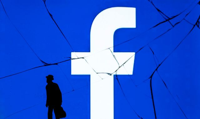 Facebook warns of $5bn hit as US investigates how it handles user data