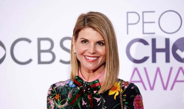 Lori Loughlin released on $1m bail over university admissions 'scam'