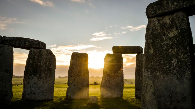 Archaeologists have unearthed evidence of the earliest large-scale celebrations in Britain