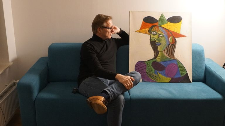 Arthur Brand with Picasso's Buste de Femme. Pic Peter Tetteroo