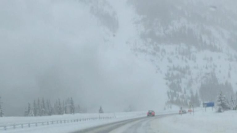 Avalanche caught on camera in Colorado
