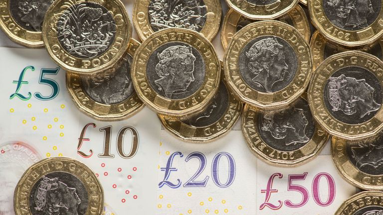 Report warns UK is sleepwalking into a cashless society