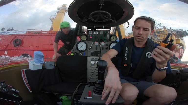Deep Ocean Live submersible pilot Randy Holt