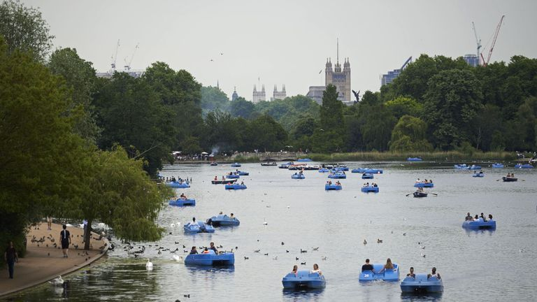 A man's body was found in the Serpentine lake, Hyde Park