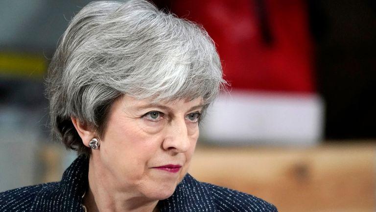 Тереза Мэй представит свое согласие на снятие в парламент через несколько дней