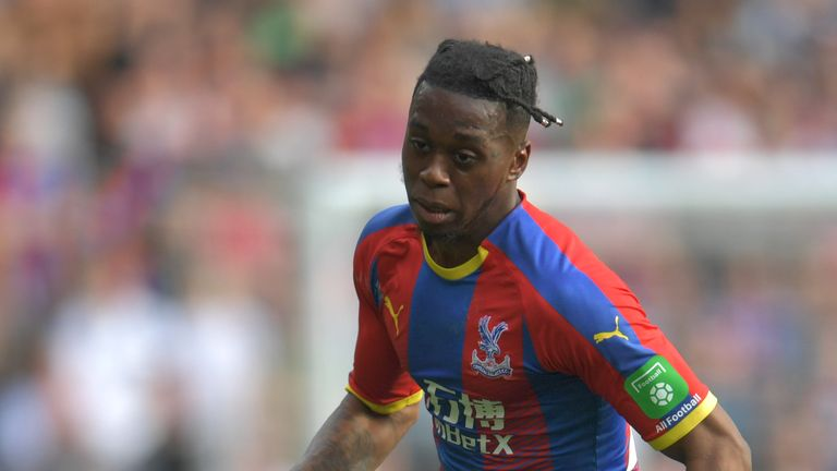 Hodgson not worried about Wan-Bissaka's Crystal Palace future