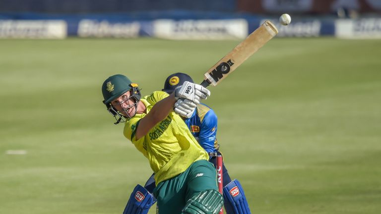Proteas set Sri Lanka 199 runs to win