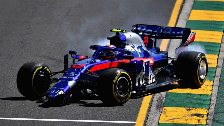 Australian GP WATCH: Alex Albon crashes Toro Rosso during practice | F1 News