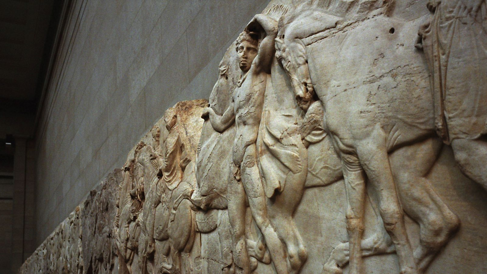 Greece steps up campaign for Elgin Marbles return with attack on 'murky' British Museum