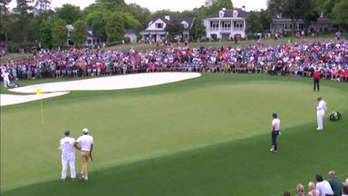 Tiger's sensational 9th hole putt