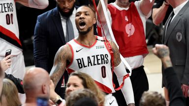 Lillard waves goodbye to Thunder