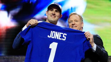 Jones eager to learn from Manning