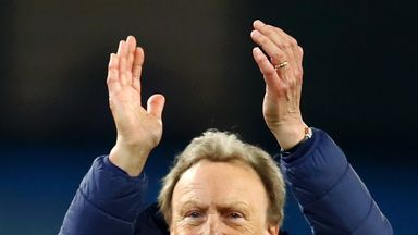 Warnock confirms Cardiff stay
