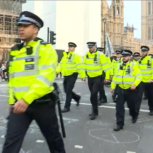 Extinction Rebellion: More than 1,000 people should be prosecuted, say police chiefs