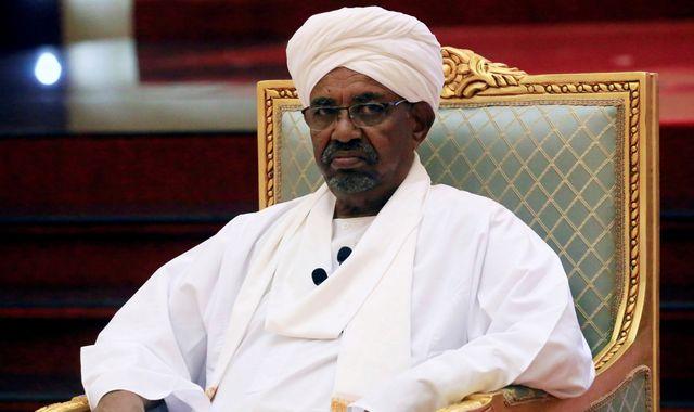 Omar al Bashir: Uganda may offer ousted Sudan leader refuge despite ICC warrant