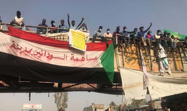 Sudan's revolution growing despite undercurrent of fear