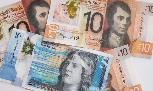 Third of English residents think Scottish bank notes are fake - survey