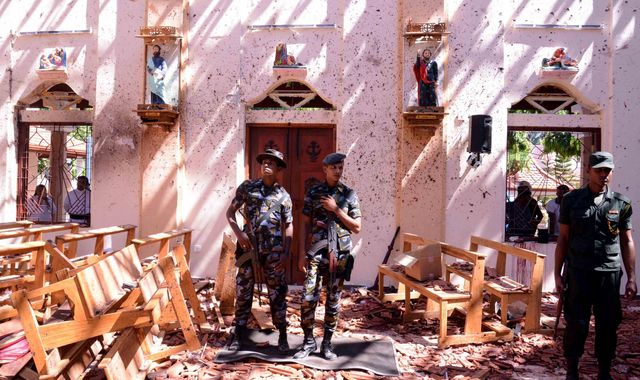 Sri Lanka explosions: At least 207 dead and 450 injured in attacks on churches and hotels