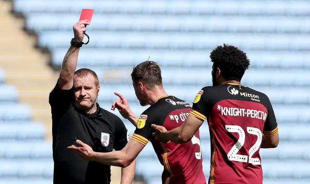 League One round-up: Bradford relegated after defeat to Coventry
